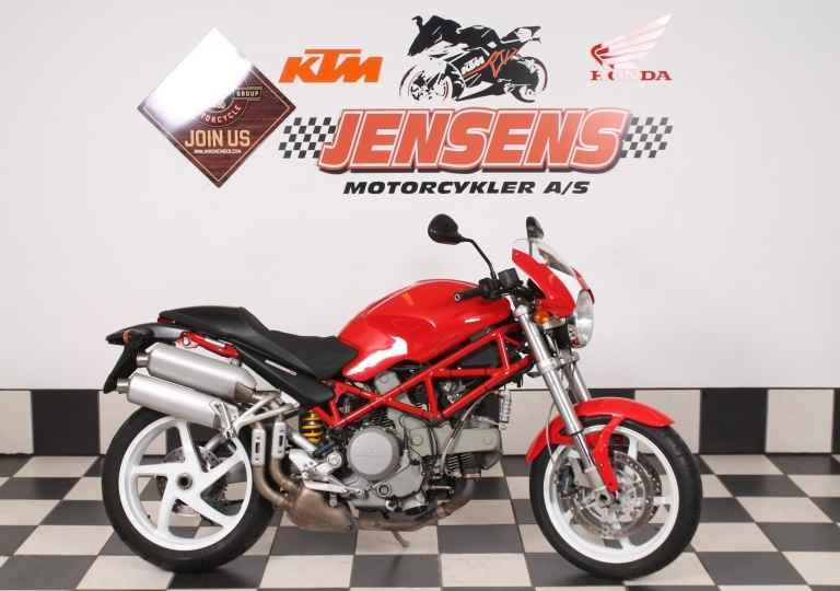 Ducati 800 Monster S2R
